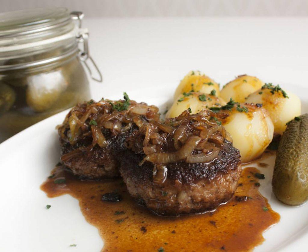 Pannbiff potatis lätt gurka enkelt snabbt billigt